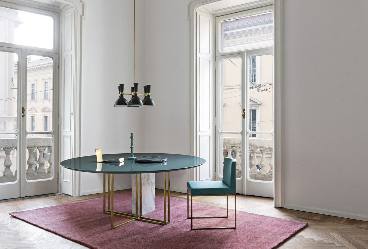 Mesmerizing Sculptural Dining Tables by Meridiani | The well known Italian brand Meridiani, has created an incredible collection. #diningtables #diningroom #homeinteriors  Mesmerizing Sculptural Dining Tables by Meridiani Mesmerizing Sculptural Dining Tables by Meridiani 5