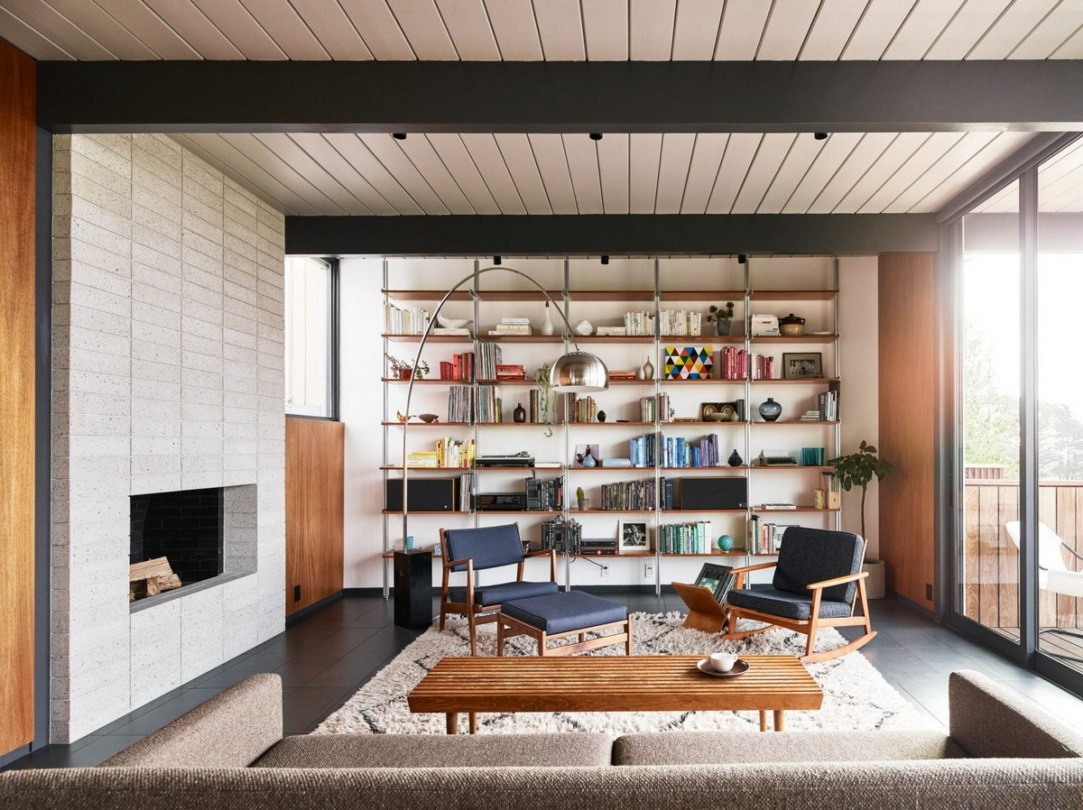 San Francisco Home Gets a Mid-Century Look by Michael Hennessey | A 1960s home in California built by Joseph Eichler, the father of America's modernist housing. #interiordesign #homedesign #midcentury #homedecor #modernhome  San Francisco Home Gets a Mid-Century Look by Michael Hennessey diamond heights 1956 eichler home michael hennessey architecture san francisco california usa renovation dezeen 2364 col 1 1704x1275