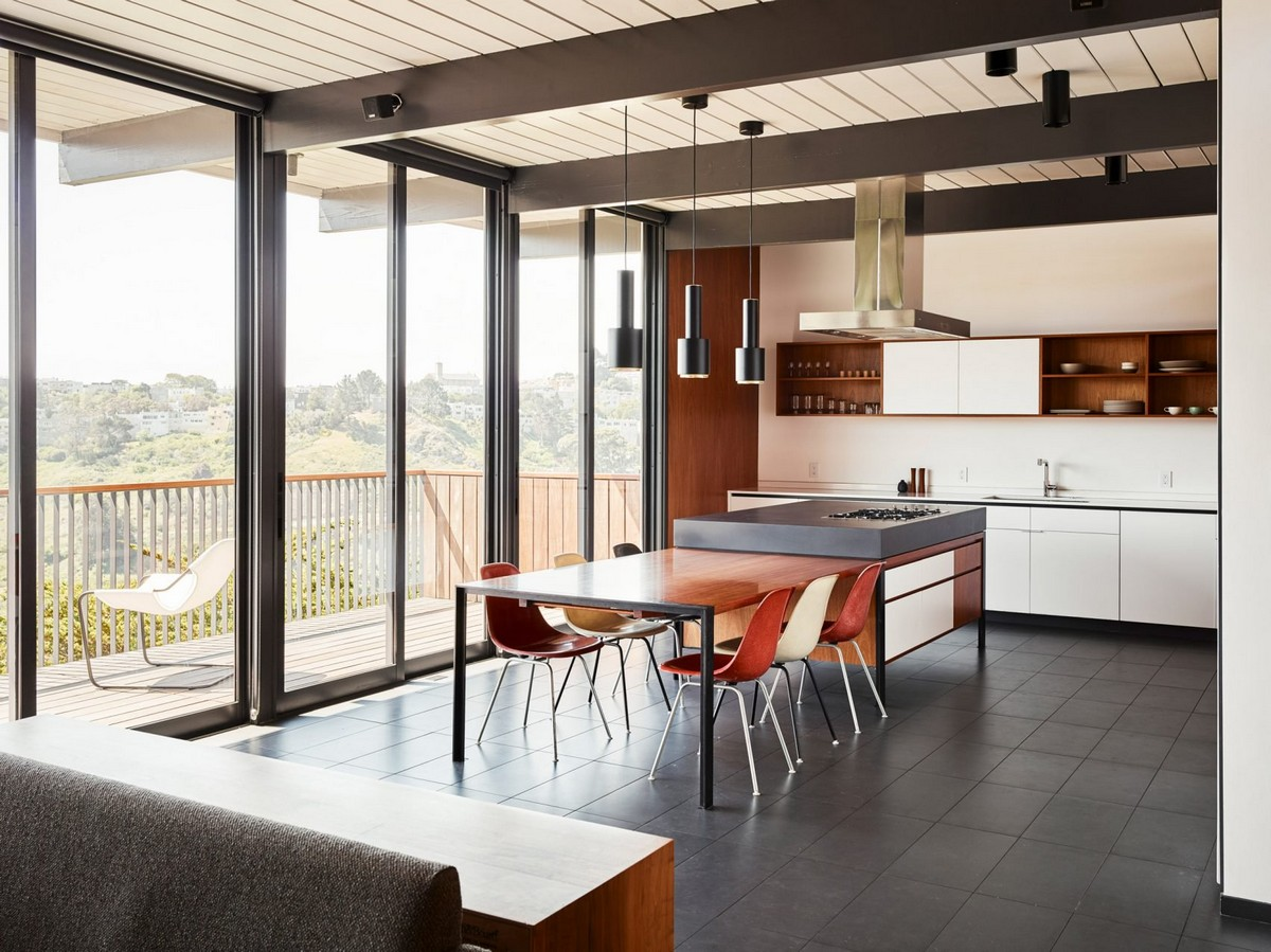 San Francisco Home Gets a Mid-Century Look by Michael Hennessey | A 1960s home in California built by Joseph Eichler, the father of America's modernist housing. #interiordesign #homedesign #midcentury #homedecor #modernhome  San Francisco Home Gets a Mid-Century Look by Michael Hennessey diamond heights 1956 eichler home michael hennessey architecture san francisco california usa renovation dezeen 2364 col 3 1704x1277