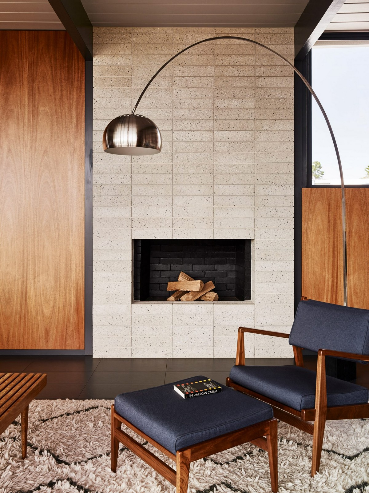 San Francisco Home Gets a Mid-Century Look by Michael Hennessey | A 1960s home in California built by Joseph Eichler, the father of America's modernist housing. #interiordesign #homedesign #midcentury #homedecor #modernhome  San Francisco Home Gets a Mid-Century Look by Michael Hennessey diamond heights 1956 eichler home michael hennessey architecture san francisco california usa renovation dezeen 2364 col 6 1704x2276