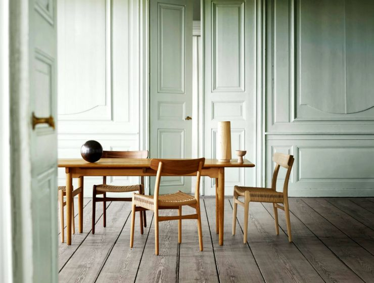 The Final Chair From The Original Hans J Wegner Collection of Four | Carl Hansen & Son presented this year the relaunch of the Danish modernist chair. #interiordesign #diningroom #diningchair #homedesign  The Final Chair From The Original Hans J Wegner Collection of Four featured 5 740x560