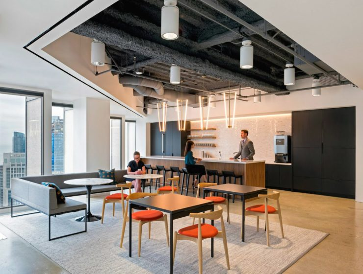 "San Francisco Finance Office Gets a Traditional and Contemporary Look | Studio O+A, an American design firm created an office in San Francisco that communicates ""news ways of thinking and working"". #interiordesign #homedecor #designfirm #diningtables #officedesign  San Francisco Finance Office Gets a Traditional and Contemporary Look featured 6 740x560"
