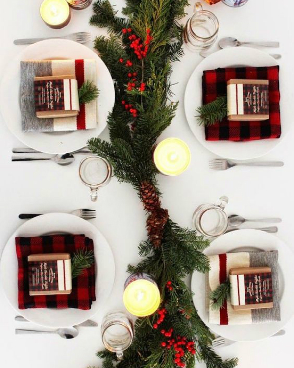 Get Your Dining Table Ready For Christmas Season | The countdown for Christmas is here! There are only 20 days left to the magical season and we bring to you the best ideas for you to decor your dining room. #christmas #christmasdecor #homedecor #diningroom #diningtable  Get Your Dining Table Ready For Christmas Season 7f1150f64bb276b471b5282e75ca3b6e