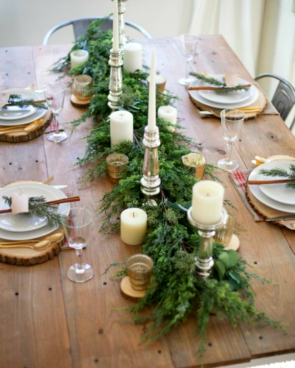 Get Your Dining Table Ready For Christmas Season | The countdown for Christmas is here! There are only 20 days left to the magical season and we bring to you the best ideas for you to decor your dining room. #christmas #christmasdecor #homedecor #diningroom #diningtable  Get Your Dining Table Ready For Christmas Season fc1406c3562b08bc294a360f4256a1c6