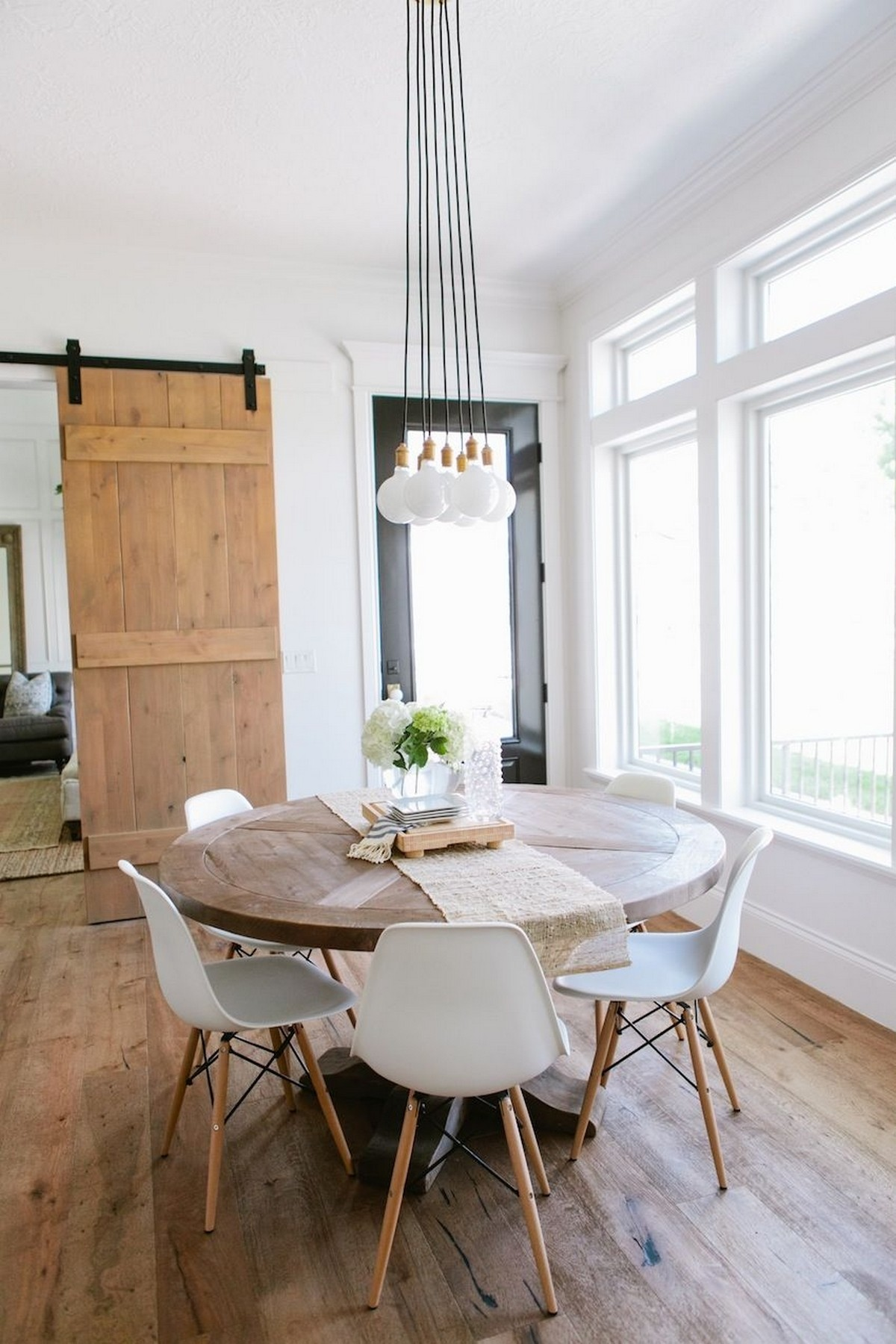 Modern Dining Room Inspirations To Look For in 2019 modern dining room Modern Dining Room Inspirations To Look For in 2019 2