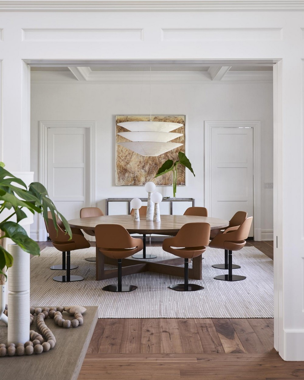 Relaxed, Sophisticated, Chic: Dining Rooms by Timothy Godbold timothy godbold Relaxed, Sophisticated, Chic: Dining Rooms by Timothy Godbold 5 incollect