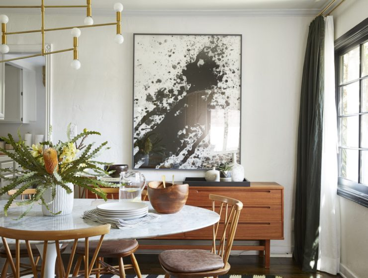 A Laid Back California Aesthetic: Dining Rooms by Amber Interiors amber interiors A Laid Back California Aesthetic: Dining Rooms by Amber Interiors featured 2020 05 28T105052 dining tables & chairs Home page featured 2020 05 28T105052