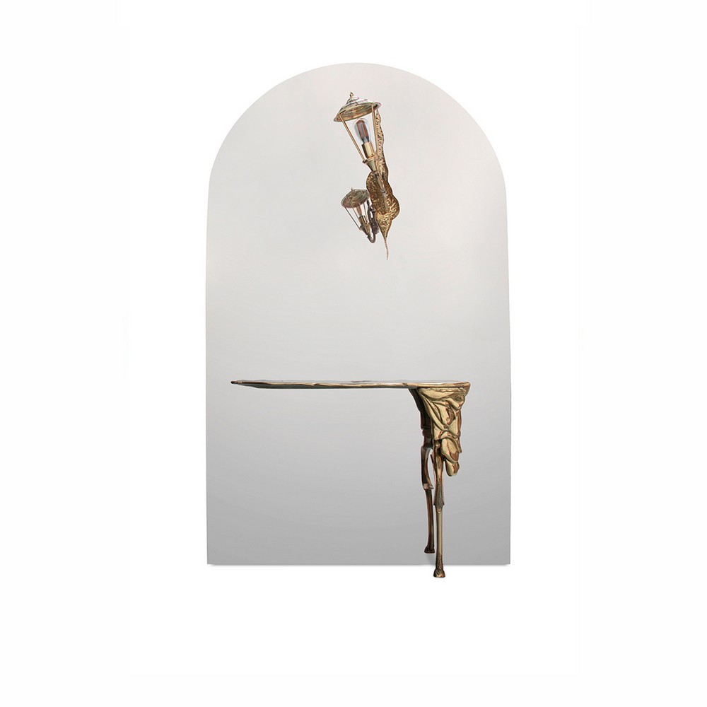 7 Luxury Mirrors That Will Bring Life To Your Contemporary Dining Room luxury mirrors 7 Luxury Mirrors That Will Bring Life To Your Contemporary Dining Room lumiere console boca do lobo 01 1