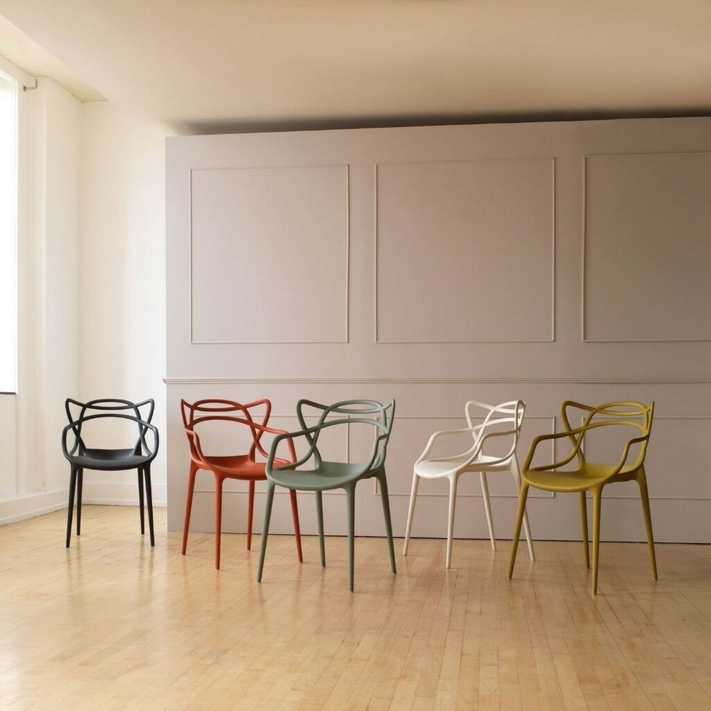 Luxury Dining Chairs To Transform Your Next Dining Room Project dining chairs Luxury Dining Chairs To Transform Your Next Dining Room Project master starck