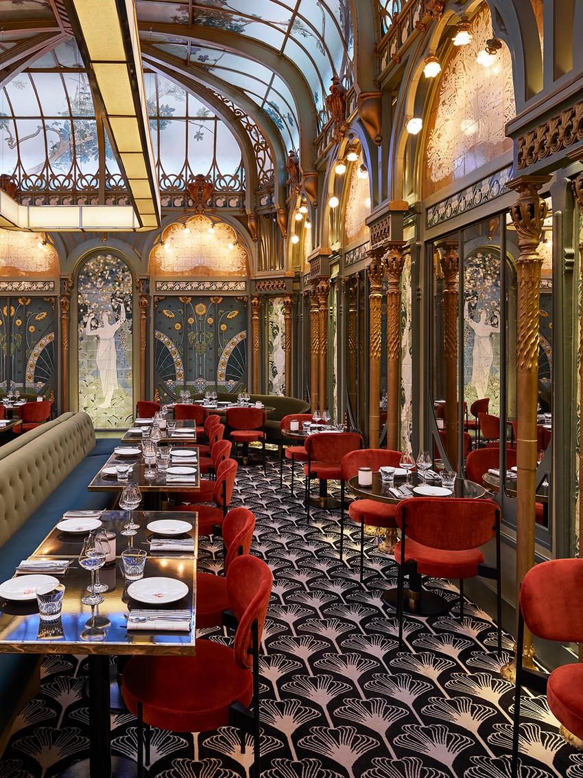 humbert & poyet Discover The Luxury Design Elements of Humbert & Poyet beefbar4