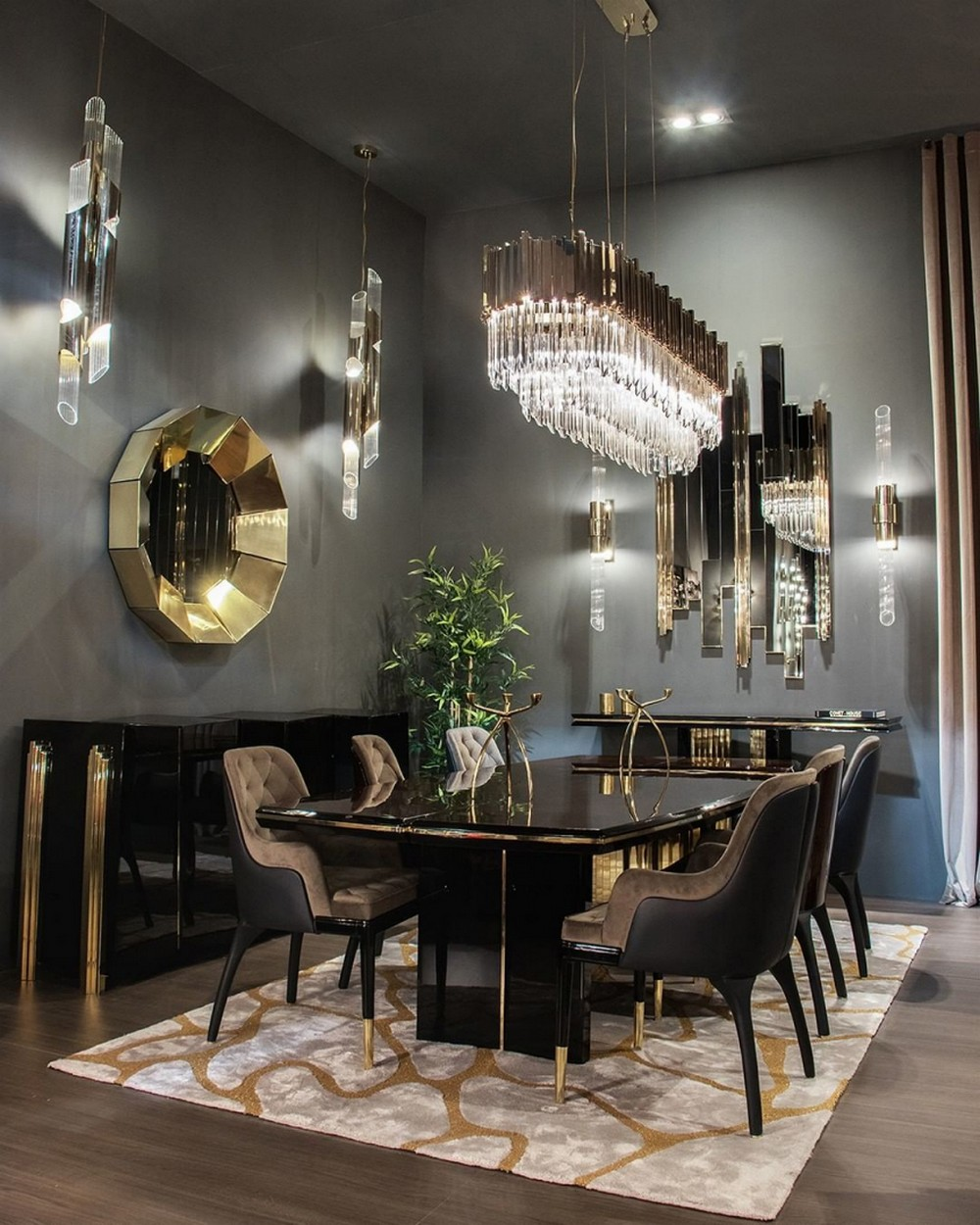 luxury dining rooms Searching For Inspiration? Here Are Our Favorite Luxury Dining Rooms 1