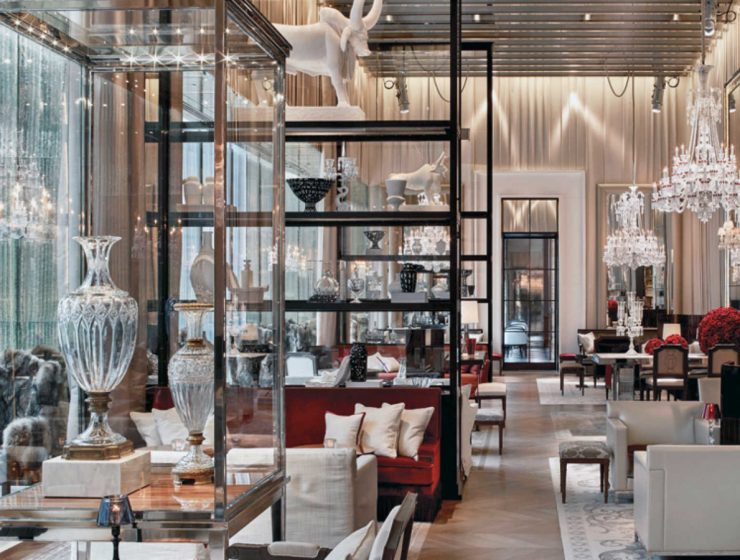 luxury hospitality interiors Gilles & Boissier: Soul-stirring Luxury Hospitality Interiors feat 2021 07 26T162033 dining tables & chairs Home page feat 2021 07 26T162033